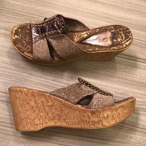 Shoes - Dezario Wedges